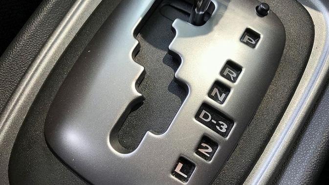 Keuntungan Setia Sebagai Pengguna Mobil Manual